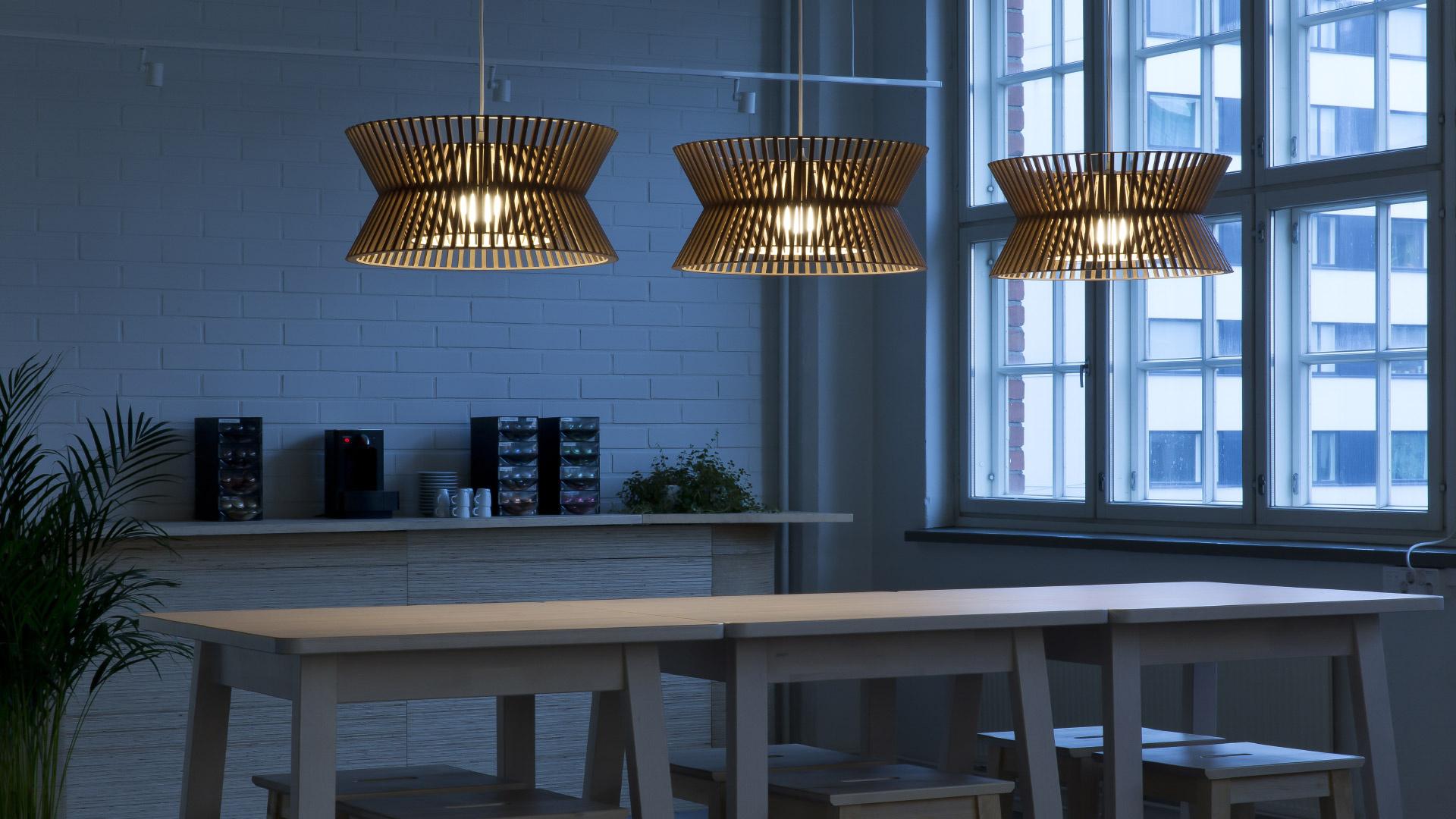 Verbazingwekkend Kontro 6000 wooden modern pendant lamp Secto Design | Secto Design DV-05